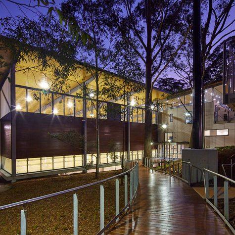 Abbotsleigh Multipurpose Hall Curved Deck