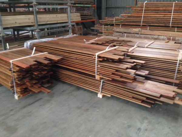 Pre-oiled cladding ready for dispatch